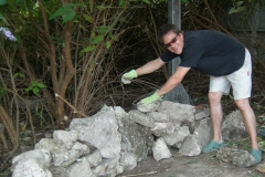 Matt da Catt creates Red Cross Mary's rockery at Crossbones, 2008. Photo (c) Katy Nicholls